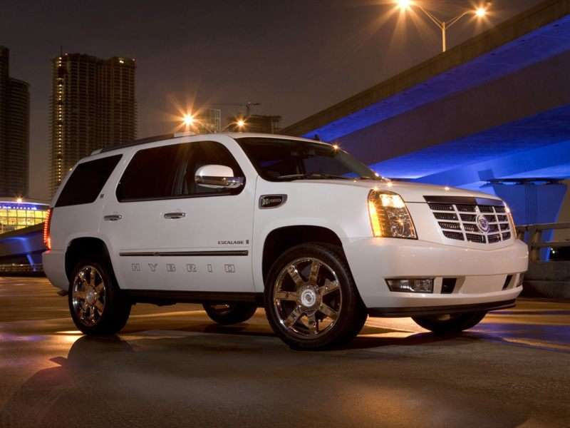 Research the 2013 Cadillac Escalade Hybrid