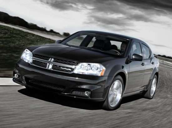 2012 Dodge Avenger: Video Road Test and Review