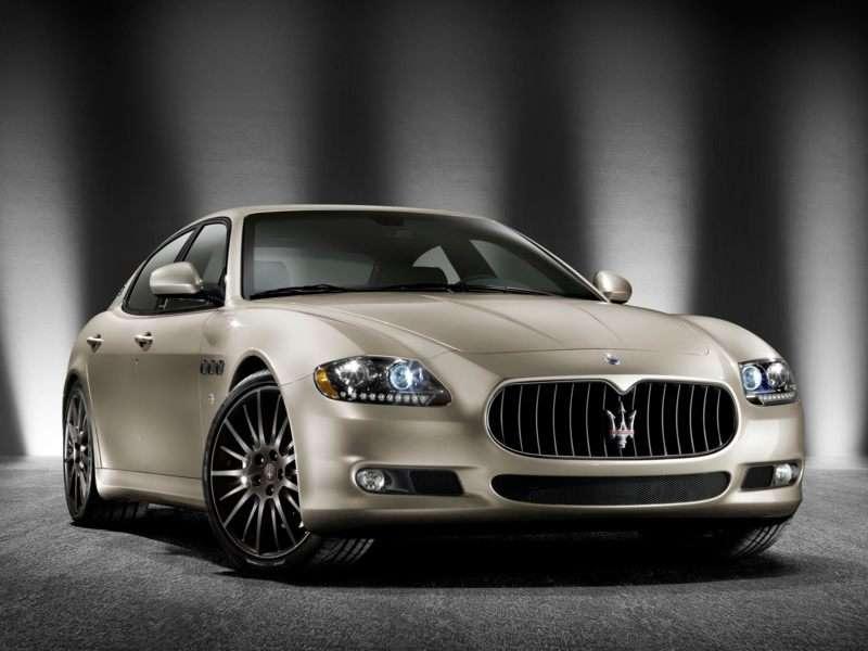 Research the 2013 Maserati Quattroporte