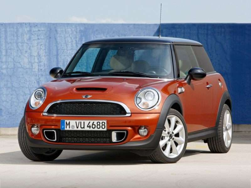MINI Outlines Driver Assistance Systems For The Next Cooper