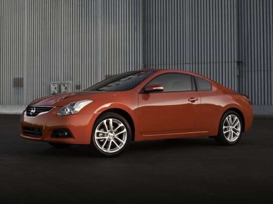 2012 Nissan Altima 3.5 SR (M6) Coupe