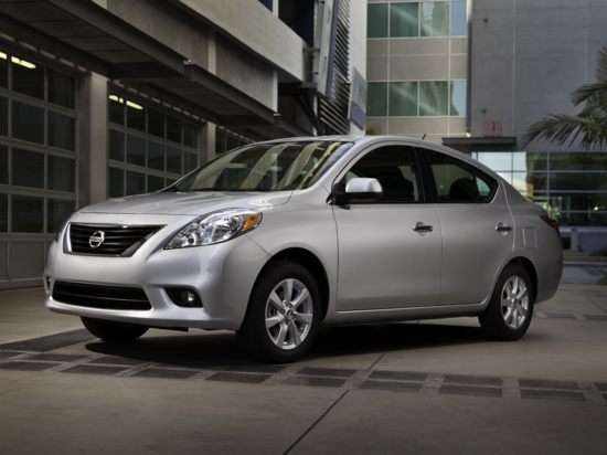 2012 Nissan Versa (33 mpg combined)