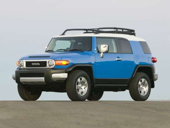 2012 Toyota FJ Cruiser: Driving Impressions and Safety