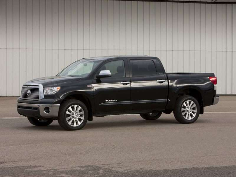 Research the 2013 Toyota Tundra