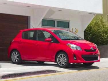 2012 Toyota Yaris SE (M5) 4dr