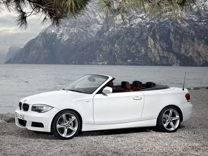 BMW 1-Series Coupe and Cabriolet Bid Farewell After 2013