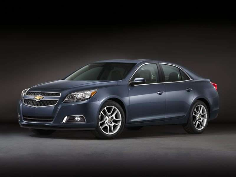Research the 2013 Chevrolet Malibu