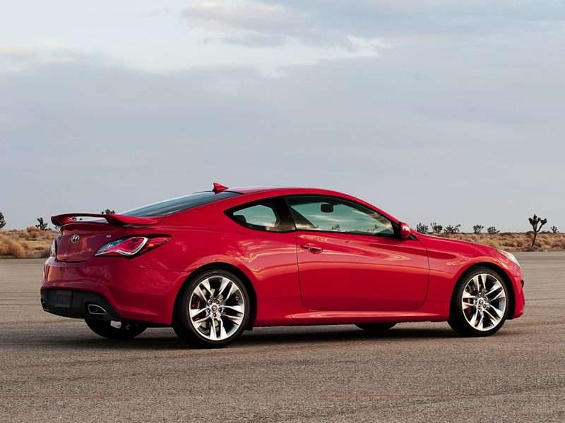 A Teachable Moment: Hyundai Genesis Coupe Joins Skip Barber Driving School