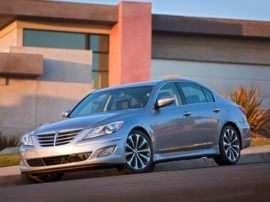 2013 Hyundai Genesis 3.8 4dr Rear-wheel Drive Sedan