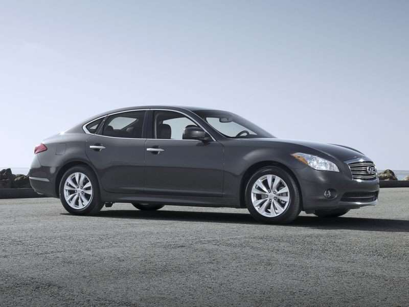 2013 Infiniti M56