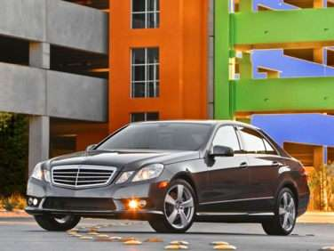 2013 Mercedes-Benz E350 BlueTEC On the Way