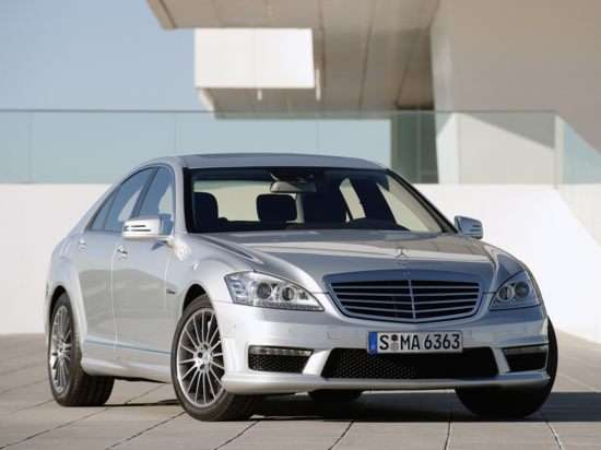 2013 Mercedes-Benz S-Class S63 AMG RWD Sedan