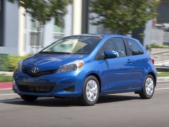 2013 Toyota Yaris LE 5-Door Subcompact Video Review