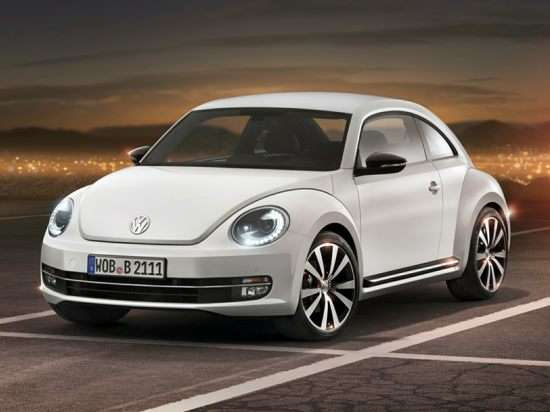 2013 Volkswagen Beetle 2.0T Turbo w/Sunroof/Sound/PZEV (M6) Hatchback