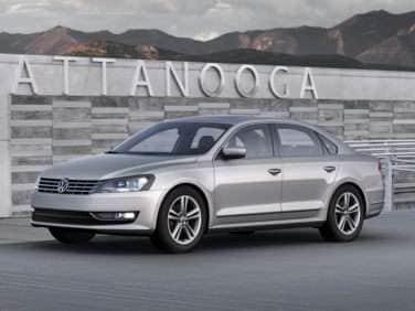 2013 Volkswagen Passat 3.6L V6 SE w/Sunroof (DSG)