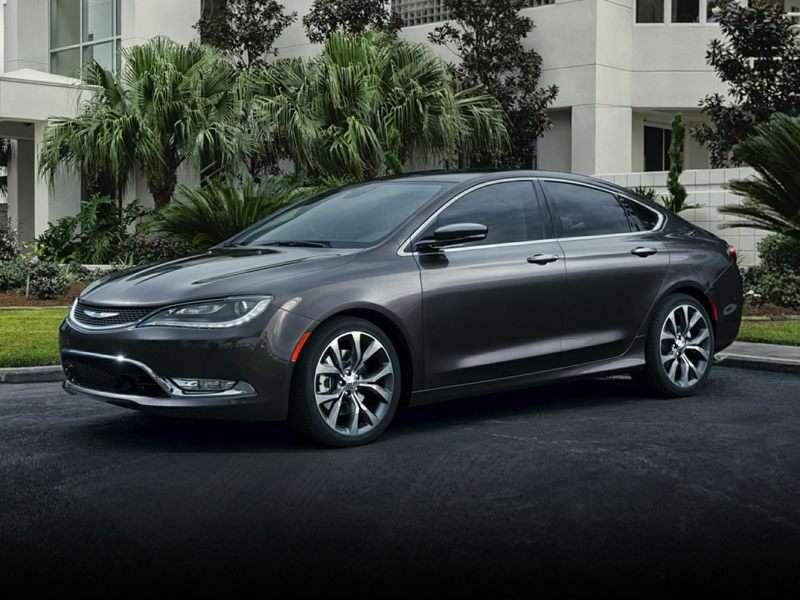 NHTSA: 2015 Chrysler 200 Earns 5-Star Safety Rating