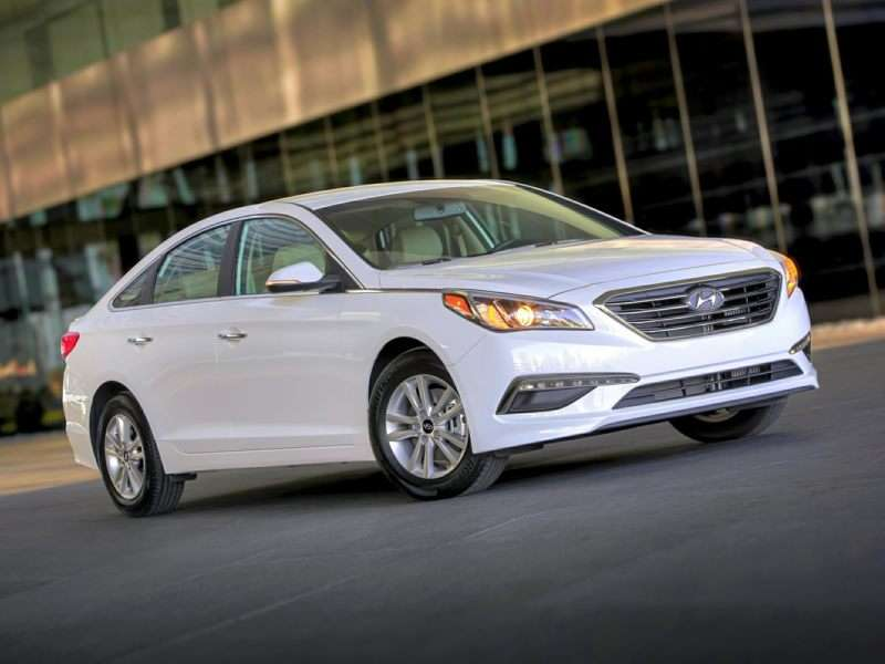 Research the 2015 Hyundai Sonata