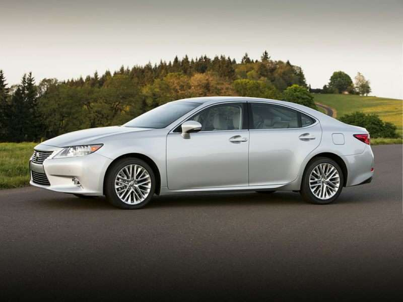 Research the 2015 Lexus ES 350