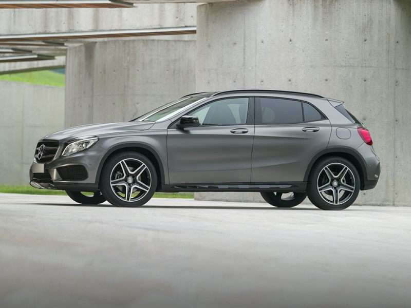 Research the 2015 Mercedes-Benz GLA-Class