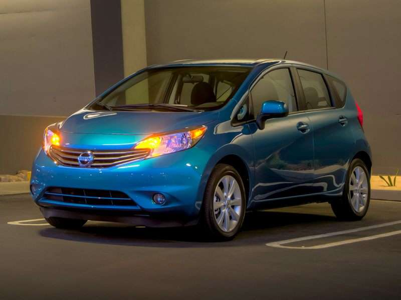 Research the 2016 Nissan Versa Note