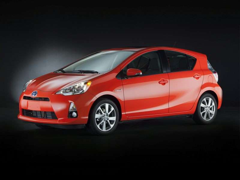 Research the 2015 Toyota Prius c