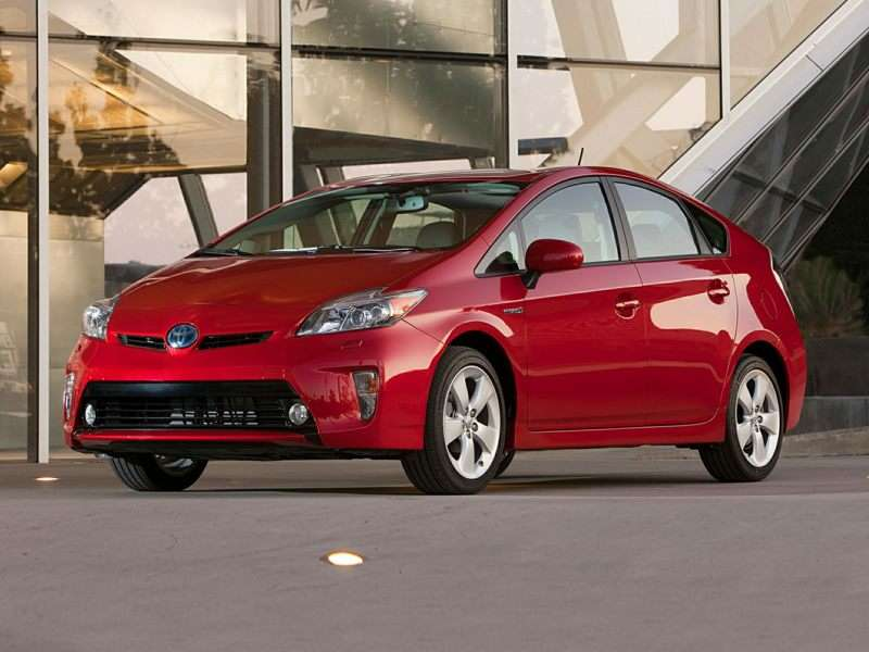Research the 2015 Toyota Prius