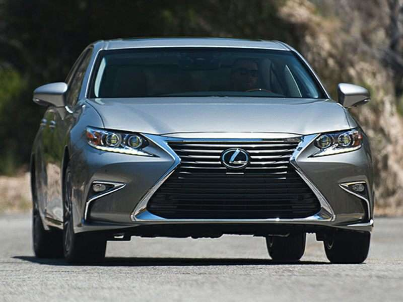 2016 Lexus ES 350 Road Test and Review