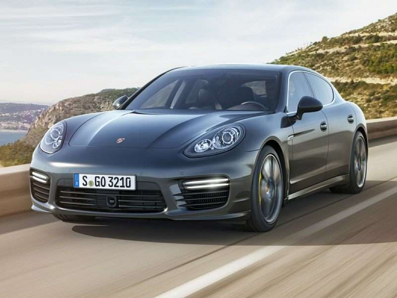 Research the 2016 Porsche Panamera