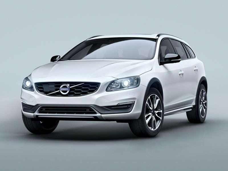 Research the 2016 Volvo V60 Cross Country