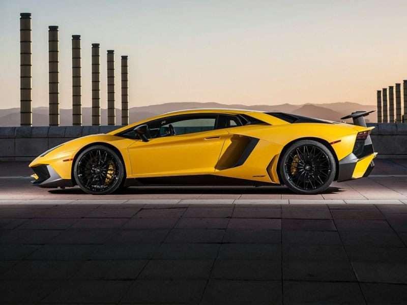 Research the 2017 Lamborghini Aventador