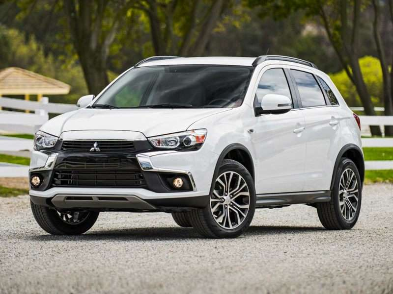Research the 2017 Mitsubishi Outlander Sport
