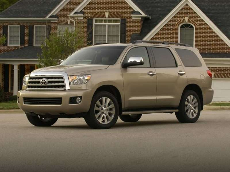 Research the 2017 Toyota Sequoia