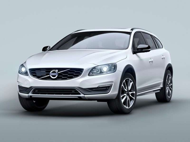 Research the 2017 Volvo V60 Cross Country