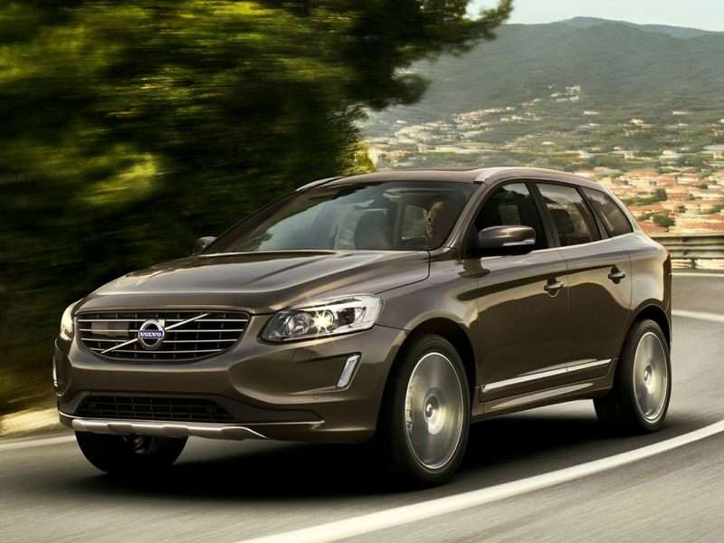 Research the 2017 Volvo XC60