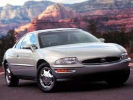 1999 Buick Riviera Base 2dr Coupe