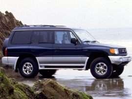 1999 Mitsubishi Montero Base 4dr 4x4