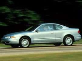 1999 Oldsmobile Alero GX 2dr Coupe