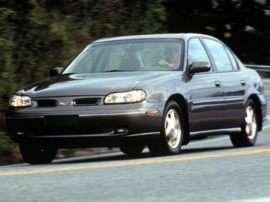 1999 Oldsmobile Cutlass GL 4dr Sedan
