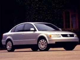 1999 Volkswagen Passat GLS 4dr Sedan