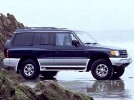 2000 Mitsubishi Montero Base 4dr 4x4