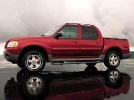 2004 Ford Explorer Sport Trac XLS 4dr 4x2