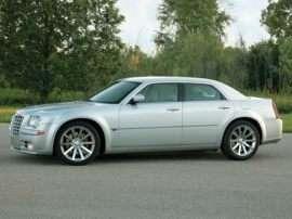 2005 Chrysler 300C Base 4dr Rear-wheel Drive Sedan