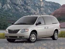 2007 Chrysler Town and Country Base Front-wheel Drive SWB Passenger Van