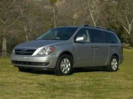 2007 Hyundai Entourage GLS Front-wheel Drive Passenger Van