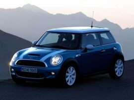 2007 MINI Cooper S Base 2dr Hatchback