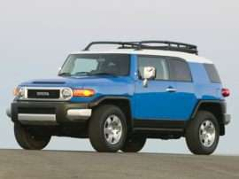 2007 Toyota FJ Cruiser Base 4dr 4x2