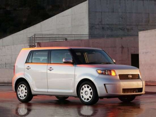 Best Used Scion Minivan - xB