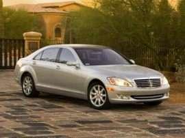Mercedes-Benz Enters the Luxury Hybrid Marketplace