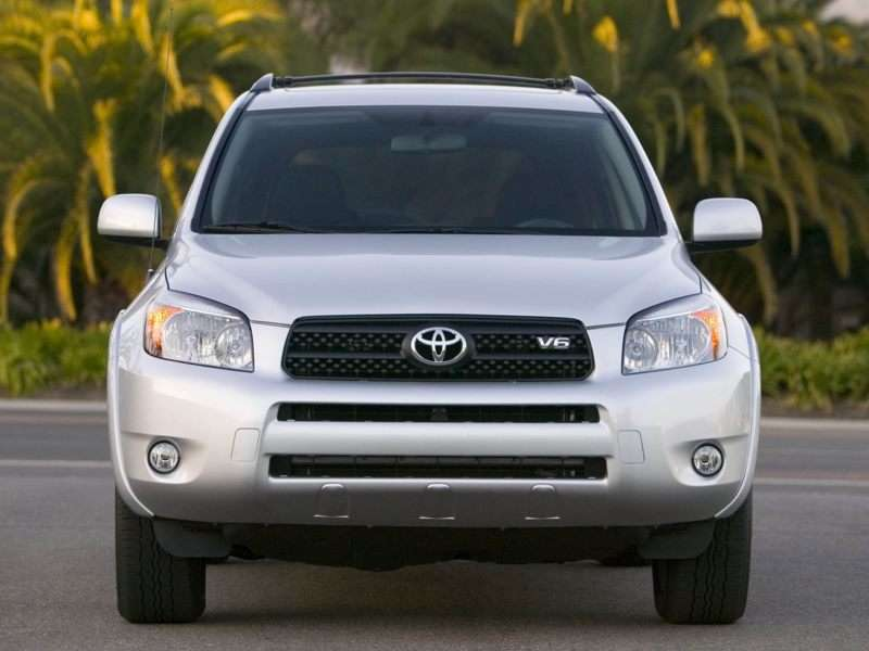 Toyota Issues A Recall For The RAV4 and Lexus HS 250h, Again