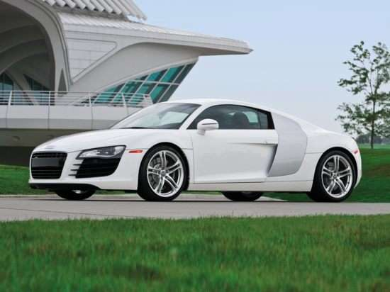 High Performance: 2011 Audi R8 Spyder